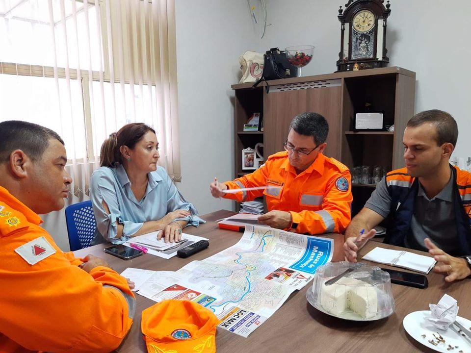 Prefeita Cici anuncia desconto na conta de água para os atingidos pelas chuvas em Manhuaçu