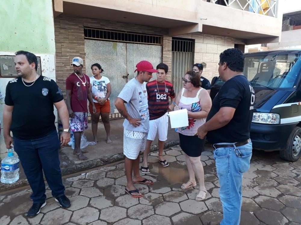 Polícia Civil promove solidariedade em Manhumirim, veja a galeria de fotos