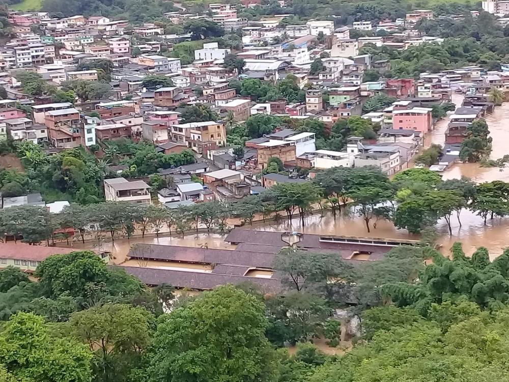 Cidades atingidas por enchentes na Zona da Mata continuam trabalhos de recuperação