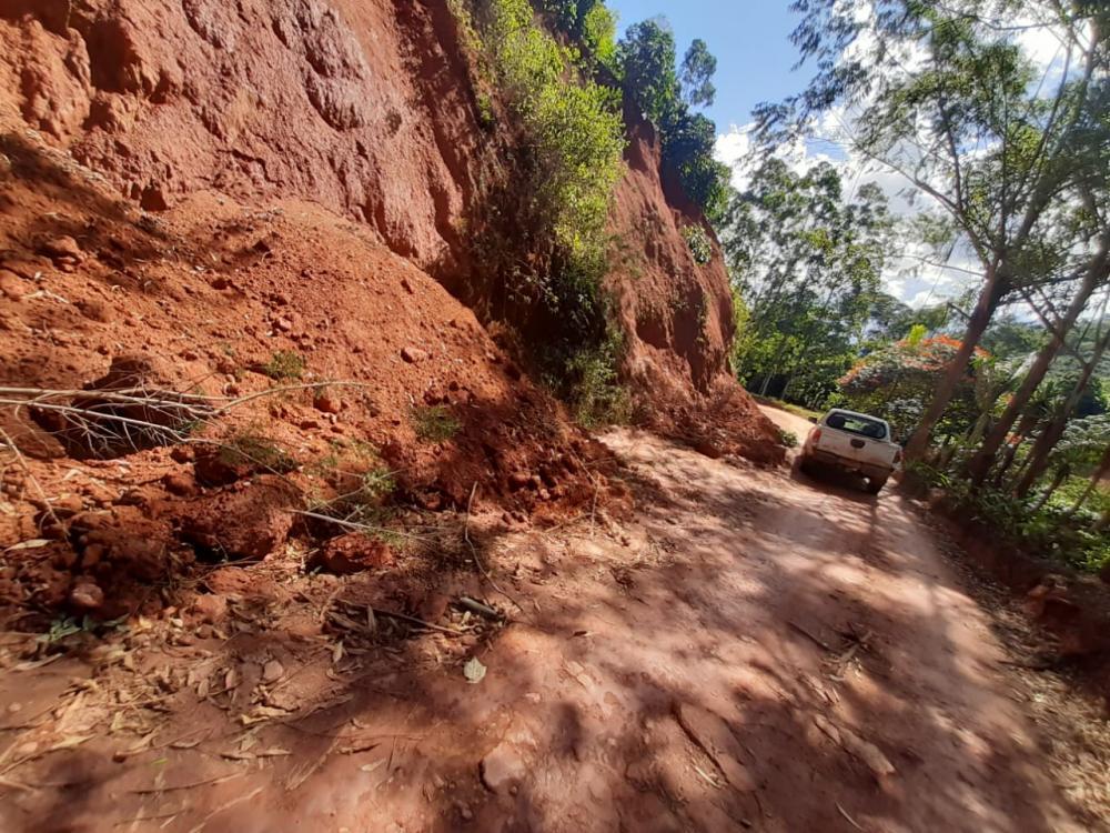 Queda de barranco foi registrado na zona rural de Manhumirim