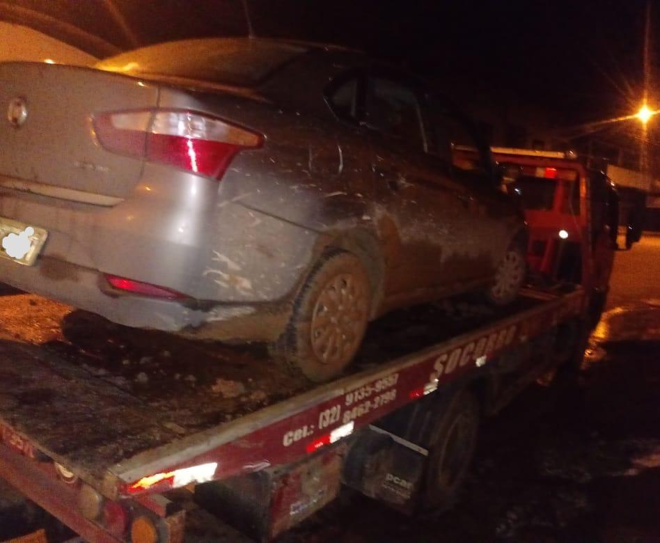 PM prende três autores e recupera veículos furtados/roubados em Espera Feliz