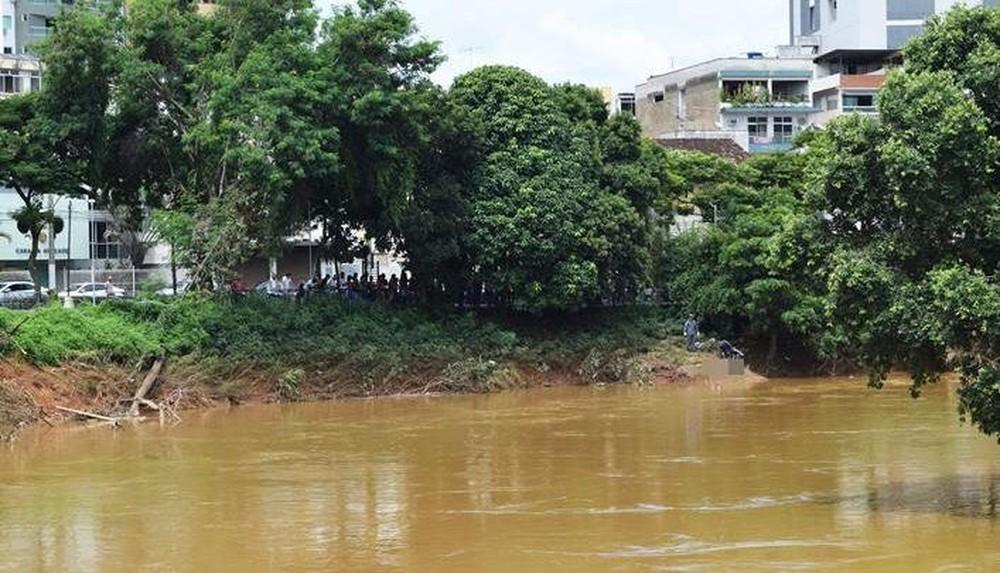 Corpo de jovem foi encontrado no Rio Muriaé — Foto: Silvan Alves/Arquivo Pessoal