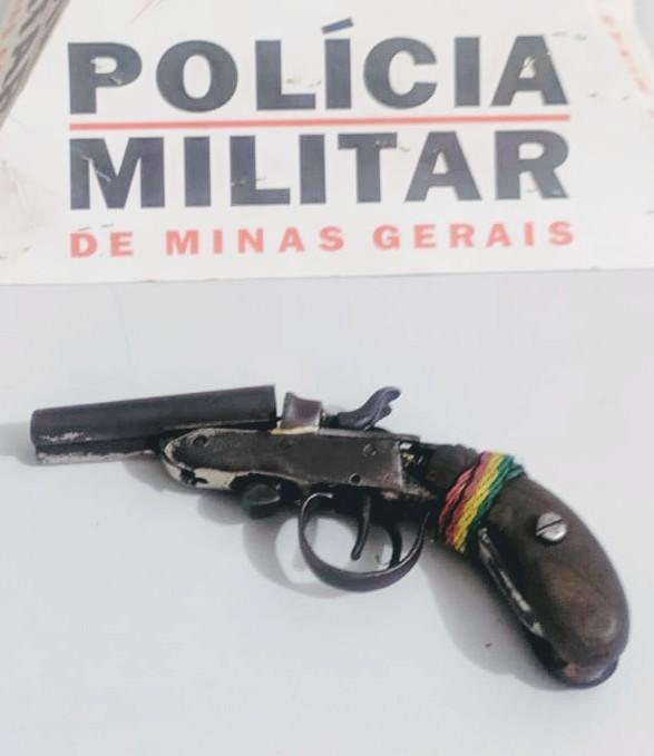 Armada de fogo foi apreendida pela PM em Simonésia