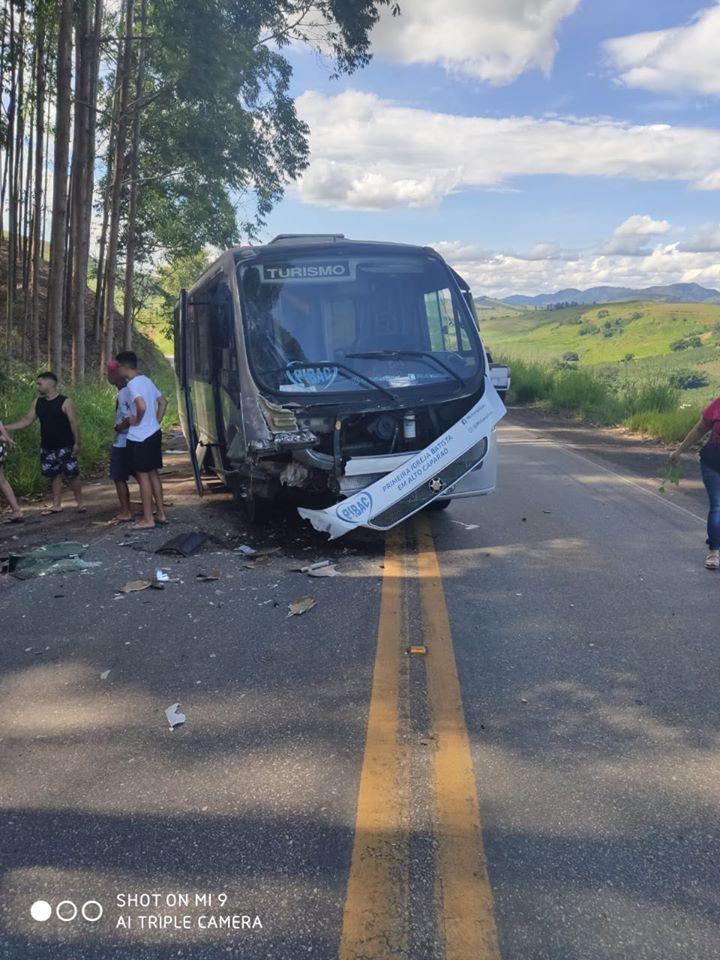 Acidente envolvendo o microônibus da Igreja Batista de Alto Caparaó deixa uma vítima fatal