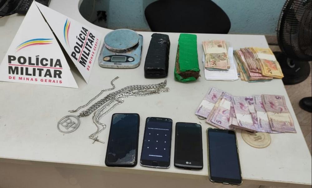 Quatro pessoas apreendidas por tráfico em Caparaó