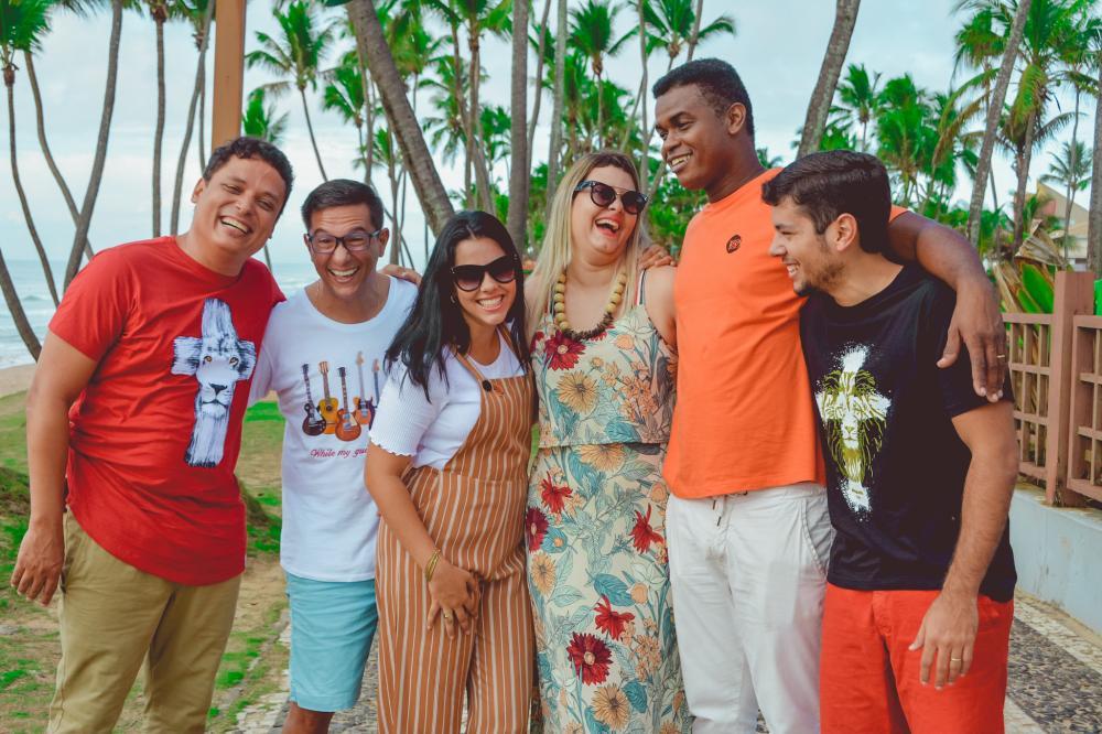 """Com a musicalidade baiana, Ministério Louvor com Liberdade lança single """"Salvador"""""""