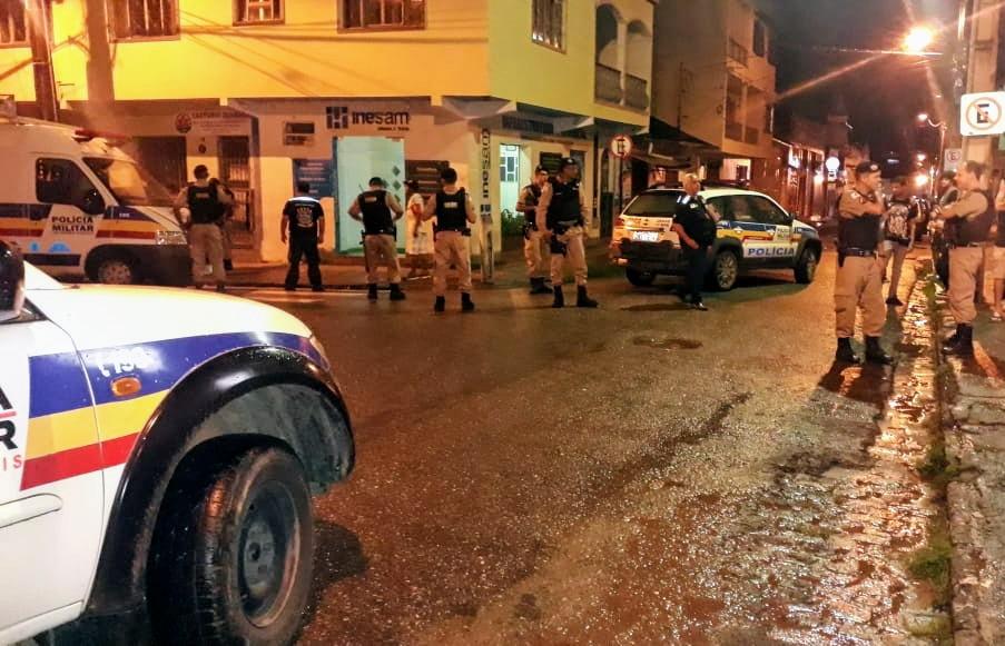 PM em ação conjunta com o Comissariado de menores realizou operação batida policial em Manhuaçu