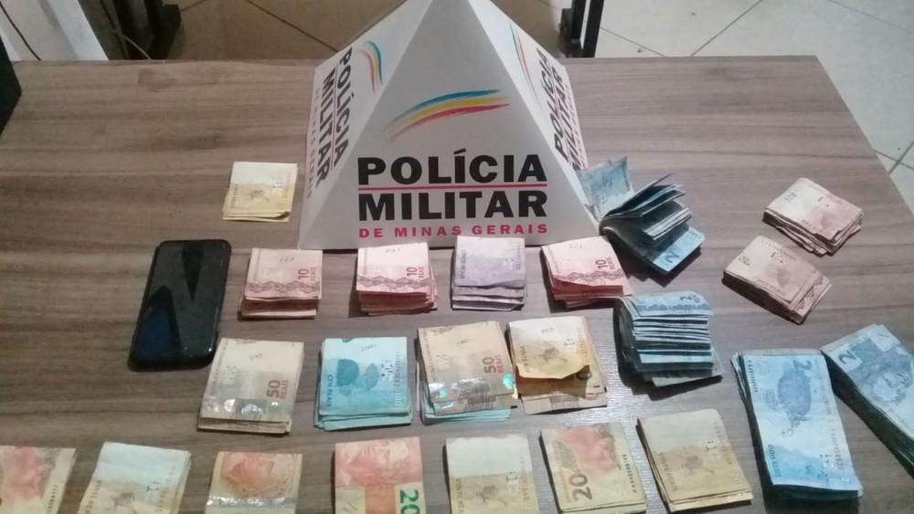 Dois adolescentes são detidos após roubarem mais de R$ 4 mil de padaria em Inhapim