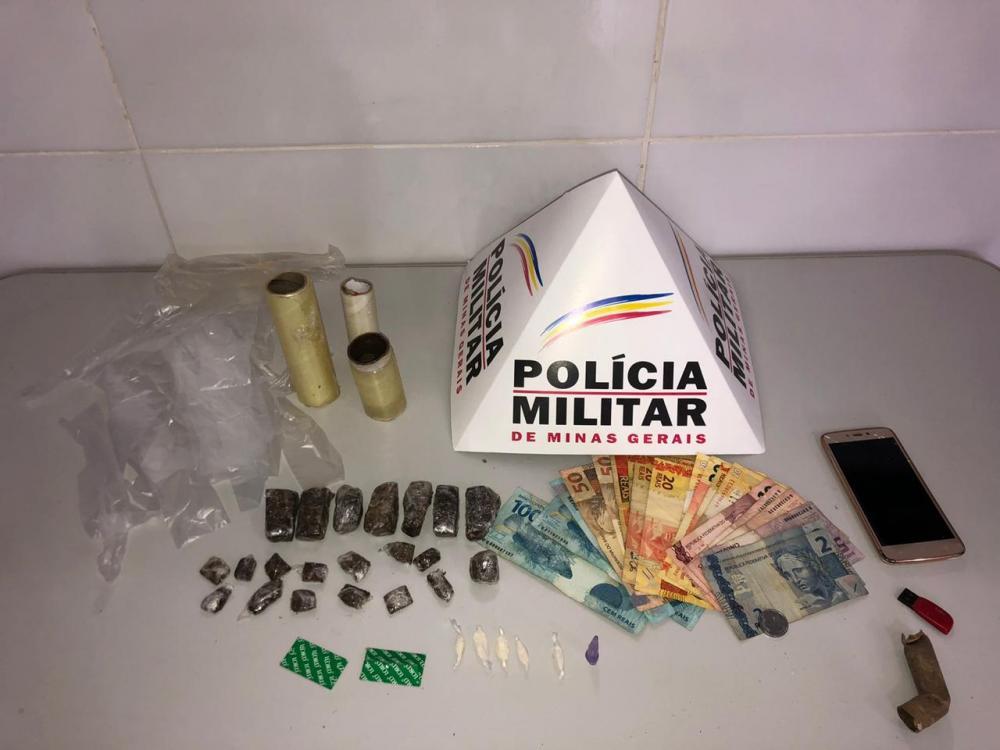 Após denúncias, PM apreende drogas e prende dois por tráfico no Centro de Simonésia