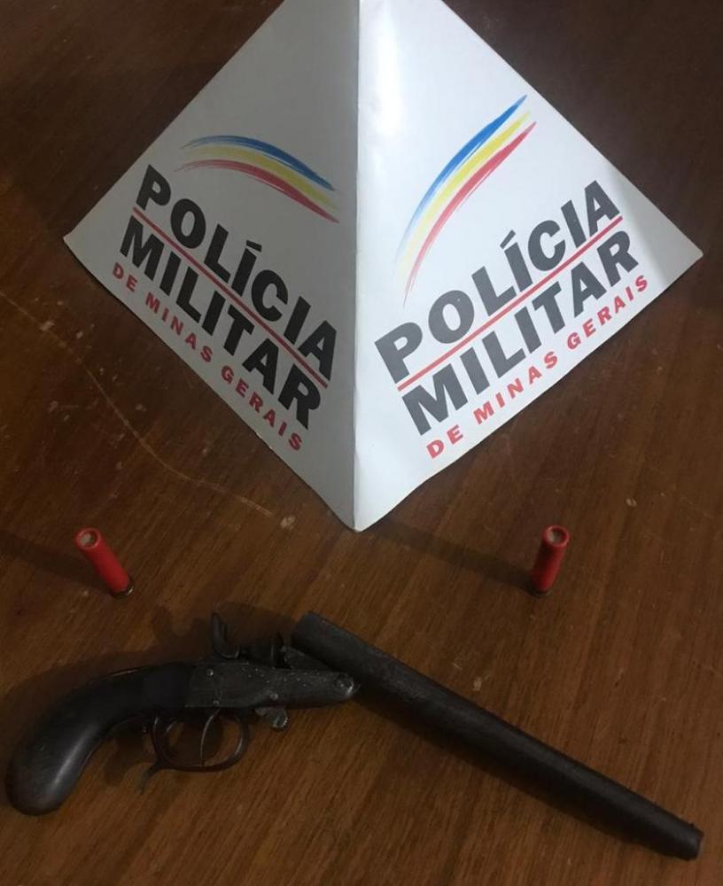 Em Abre Campo PM retira mais uma arma de fogo de circulação