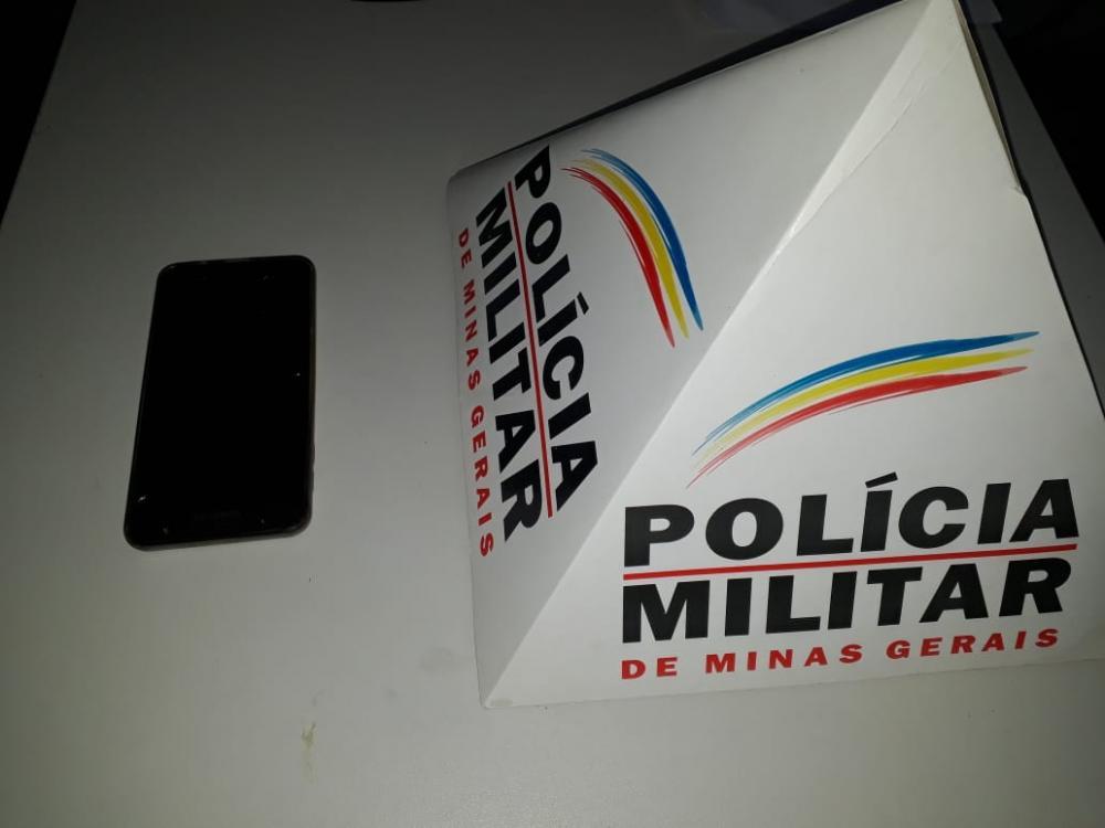 Em ação rápida PM prende autor e recupera celular furtado em Manhuaçu