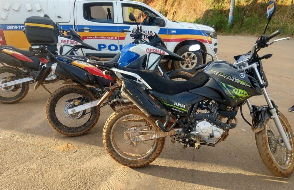 Em um dia, a PM recupera duas motocicletas furtadas em Manhuaçu