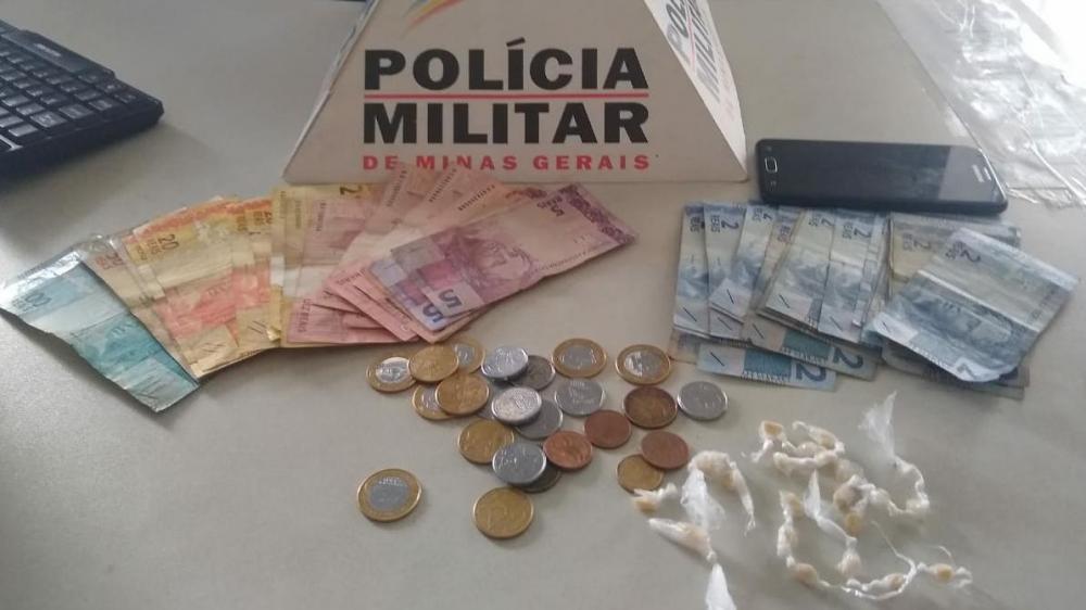 Em Alto Jequitibá PM prende autores, drogas e dinheiro