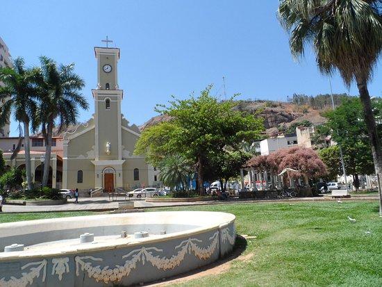 Prefeitura de Carangola autoriza igrejas a funcionar com limitação