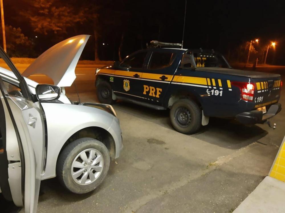 Vereador é abordado em blitz da PRF e descobre que carro era clonado