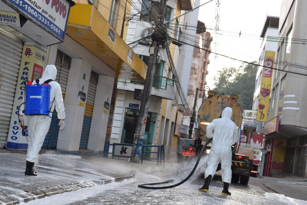 Permanecerão higienização das ruas de Manhuaçu e Governo poderá adotar barreiras sanitárias