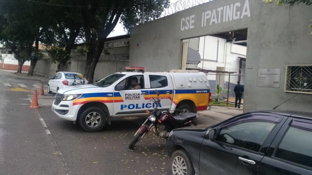 Manhuaçu: PM cumpre ordem judicial de internação de mais dois adolescentes