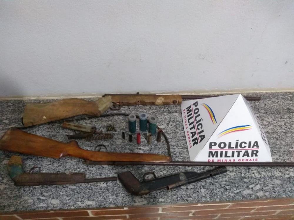 PM atende ocorrência de violência doméstica e apreende 04 armas de fogo em Abre Campo
