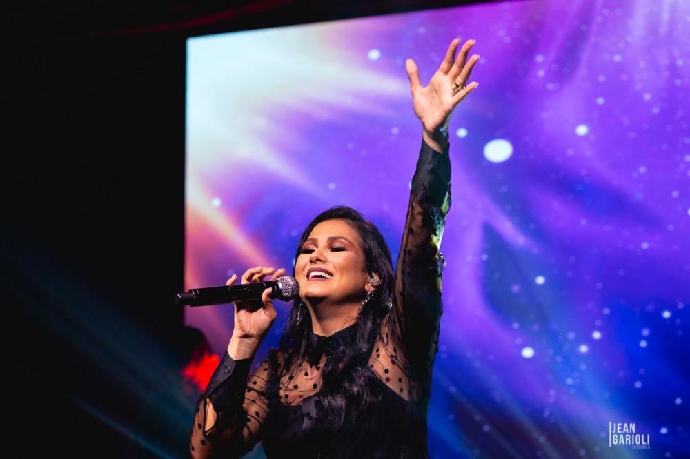 Em novo single pela Sony Music, Bruna Olly canta sobre remissão e restauração