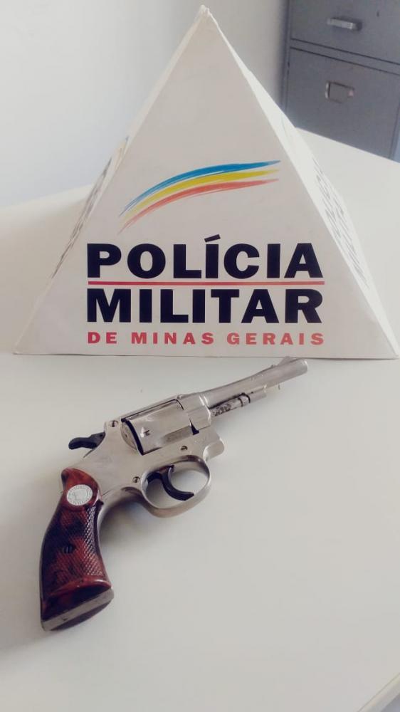 PM retira mais uma arma de fogo de circulação em Santana do Manhuaçu