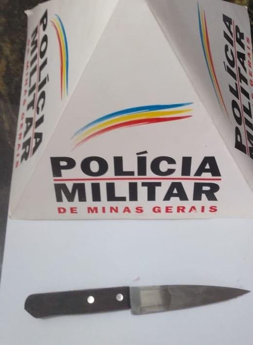 Neste domingo (14), a Polícia Militar foi acionada via 190, onde segundo informações havia acontecido uma briga com utilização de faca na Rua José Cicarini no bairro Vila Deolinda, e que haviam feridos no local.
