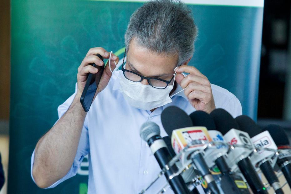 PM vai fiscalizar uso obrigatório de máscaras em Minas Gerais, afirma Romeu Zema