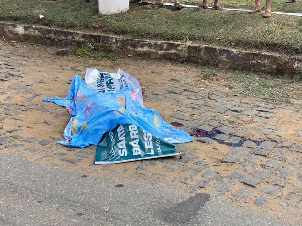 O crime aconteceu por volta de 09:30 da manhã deste domingo (28), às margens da BR-116, em Santa Bárbara do Leste.