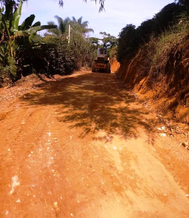 Prefeitura de Manhuaçu realiza patrolamento de estradas em todo o município