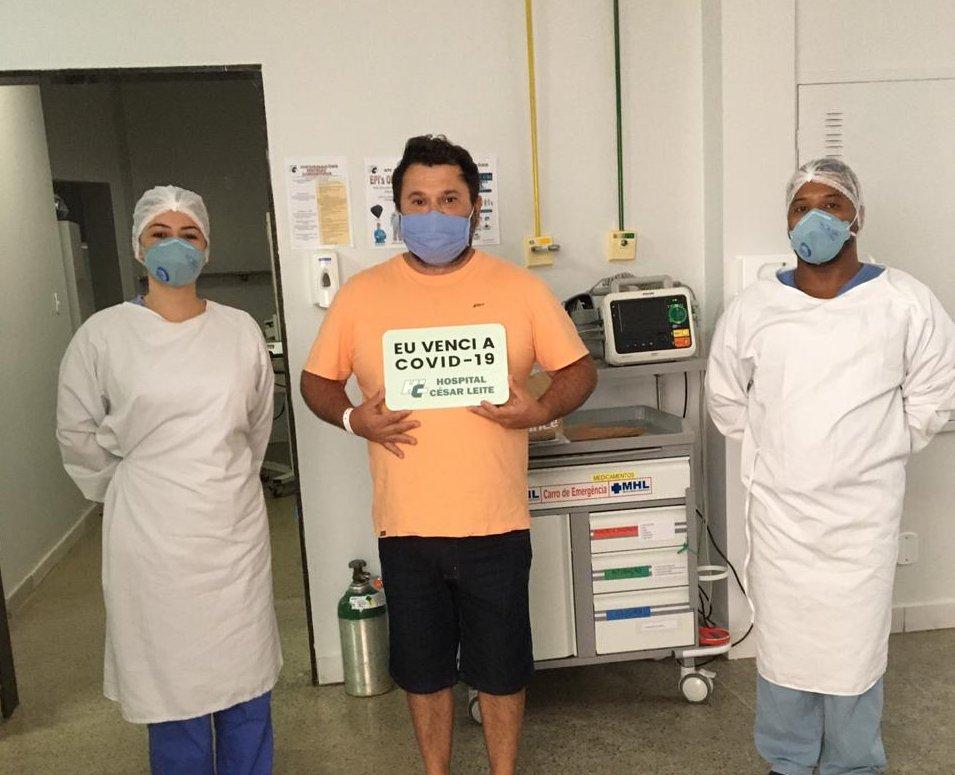 Mais sete pacientes internados no Hospital César Leite (HCL) com o novo coronavírus (COVID-19) receberam alta hospitalar e foram encaminhadas para cumprir isolamento domiciliar. A Unidade Covid-19 completou 25 altas de pacientes recuperados.