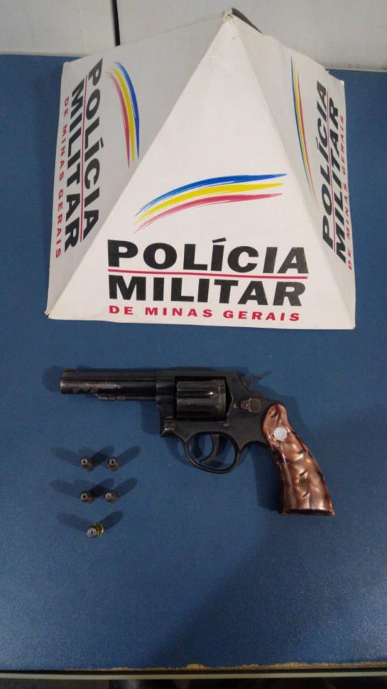 Revólver calibre 38 é apreendido pela PM em Ponte do Silva