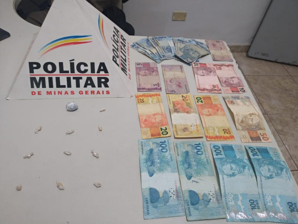 PM apreende drogas no bairro Boa Vista em Matipó