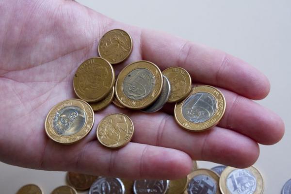 Governo propõe salário mínimo de R$ 1.006 em 2019