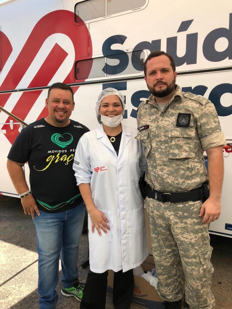 A Primeira Igreja Batista em Manhuaçu levou até o Presídio de Manhuaçu nesta sexta-feira, 18/10, o Projeto Saúde na Estrada da Convenção Batista Mineira. Os detentos receberam orientações e cuidados odontológico.