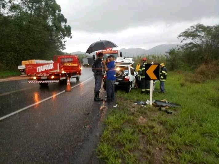Acidente na BR-116 deixa dois mortos e um ferido entre Muriaé e Fervedouro