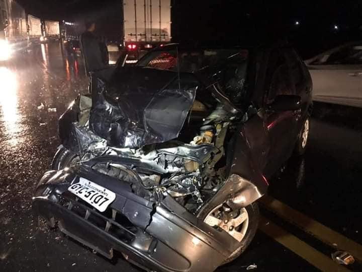 Duas pessoas feridas em acidente na BR-116, em Dom Corrêa distrito de Manhuaçu