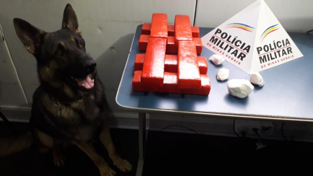 PM apreende boa quantidade de drogas no bairro São Francisco de Assis
