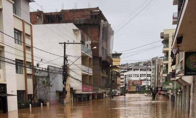 Abastecimento de água é afetado por causa de chuvas em Manhuaçu, na Zona da Mata