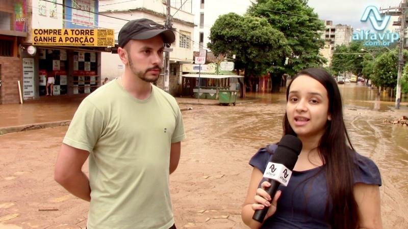 Água começa baixar em Manhuaçu veja como ficou o bairro Coqueiro Minas Gerais