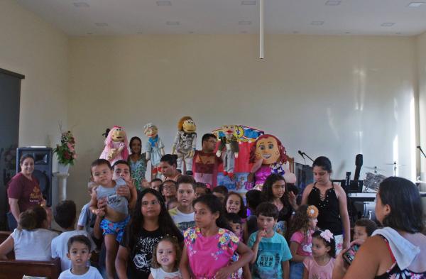 Leco e Lili na Vila Formosa em Manhuaçu Culto Infantil Fantoches